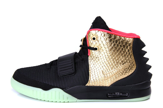 Nike Air Yeezy 2 Imperial Black Gold Glow in the Dark For Sale Online
