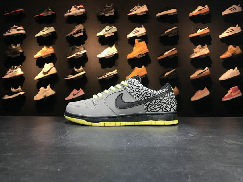 Cheap Wholesale Nike SB Dunk x Cheap Wholesale Nike Dunk Low Premium SB TRD QS Grey Black Green Gris Noir Vert