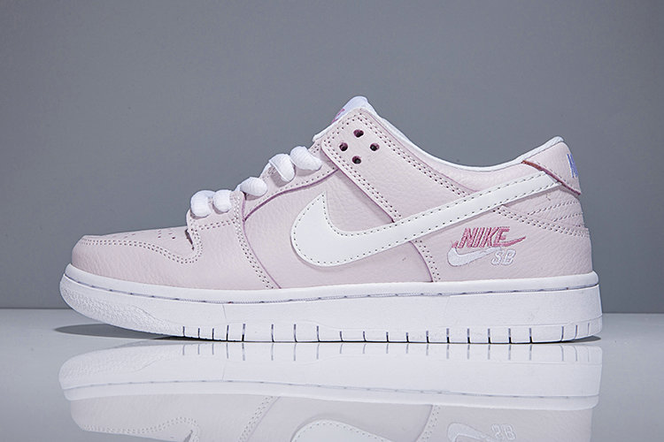 Cheap Wholesale Nike SB Dunk x Cheap Wholesale Womens Nike Dunk Low Elite SB Pink White