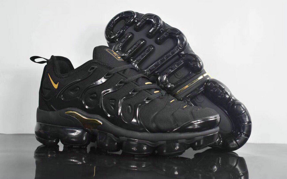 Cheapest Wholesale Sale Nike Air VaporMax Plus Mens Black GOLD