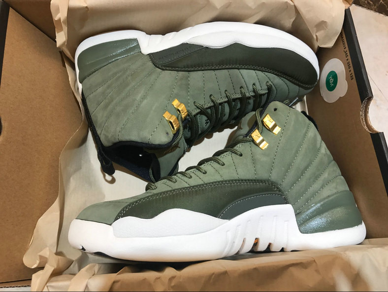 Wholesale Cheap Nike Air Jordan 12 Graduation Pack - China Wholesale ... 804072ecf