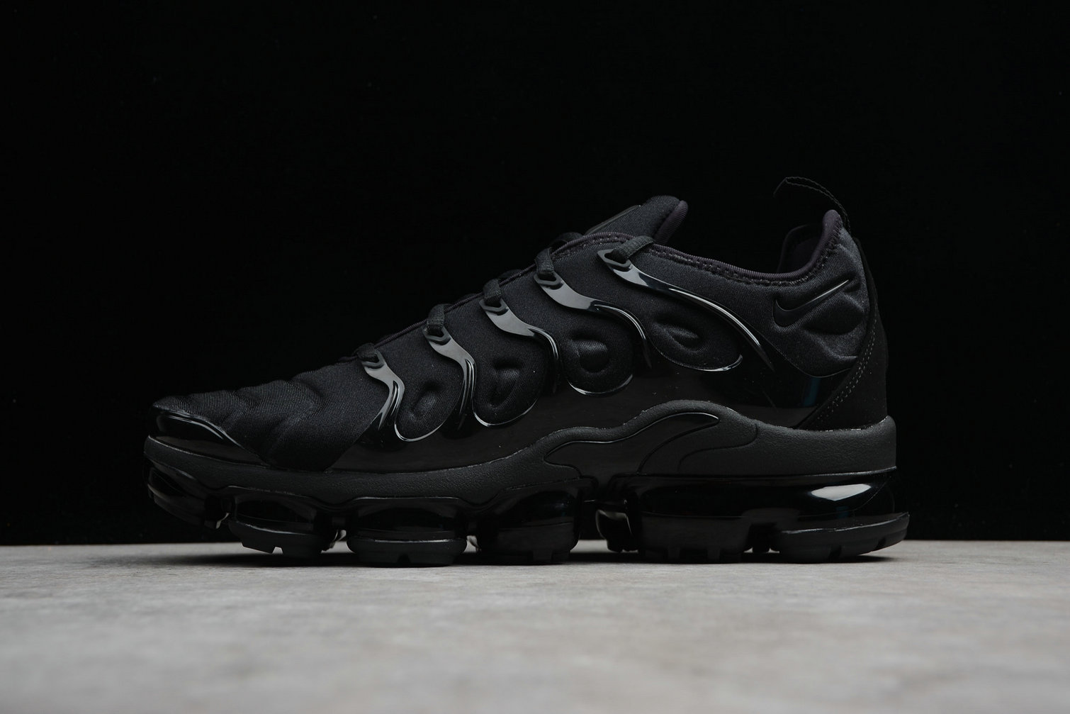 Wholesale Cheap Nike Air VaporMax Plus 924453-004 Black Dark Grey Noir Gris Fince Noir