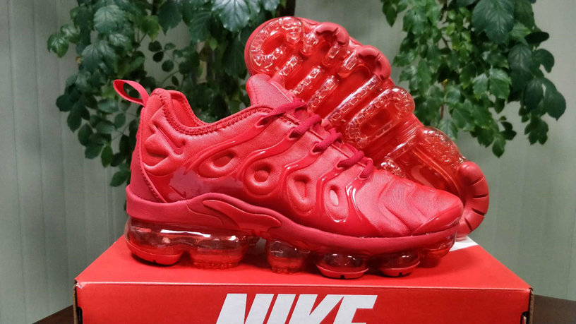 promo code 227b3 1bb5a Cheap Wholesale Nike Womens VaporMax Plus Triple Red Fashion ...