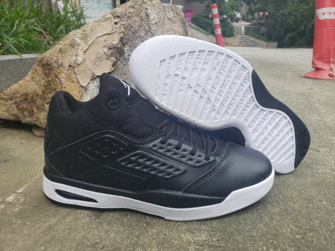 Where To Buy 2019 Cheap Nike Air Jordan New School Trainer Black White