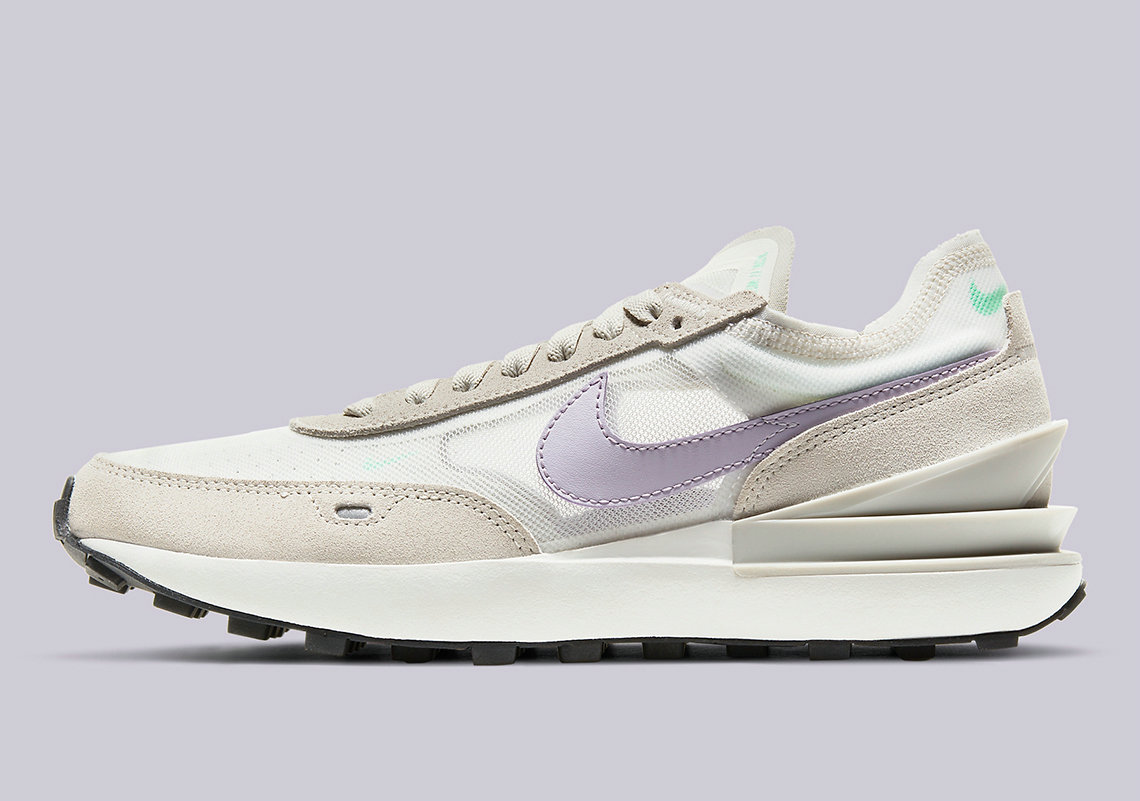 Where To Buy 2022 Wholesale Cheap Womens Nike Waffle One Summit White DC2533-101