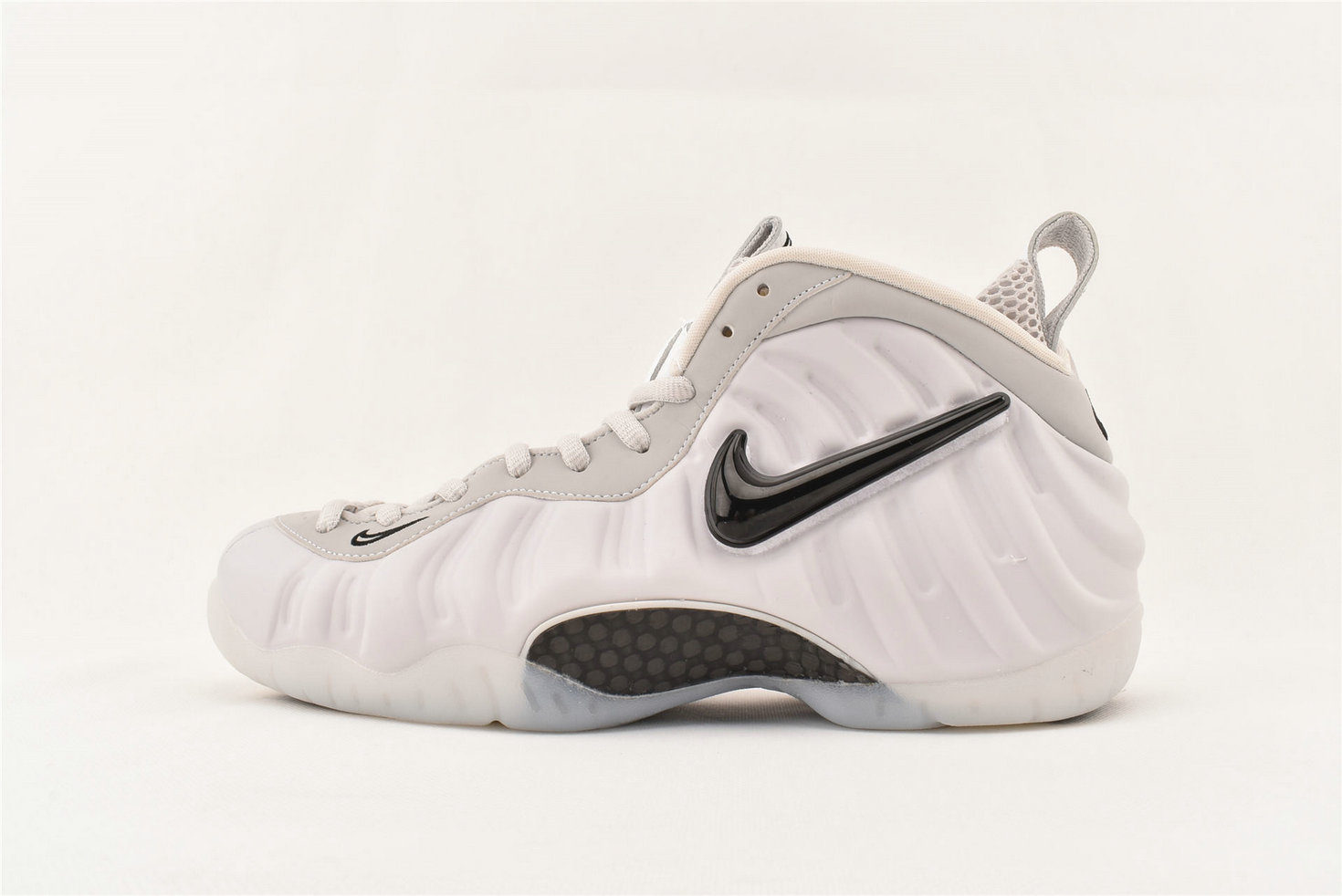 Where To Buy Cheap Nike Air Foamposite Pro AS QS All Star Swoosh Pack AO0817 001