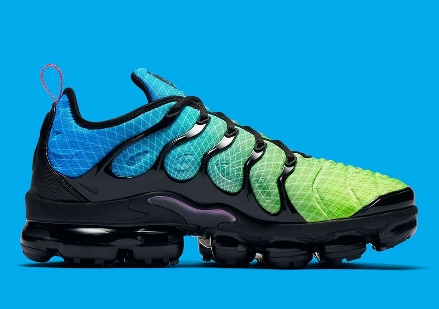 Where To Buy Cheap Nike Air Vapormax Plus Aurora Green Reflect Silver-Black 924453-302