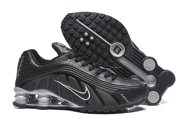Where To Buy Cheap Nike Shox R4 Black White