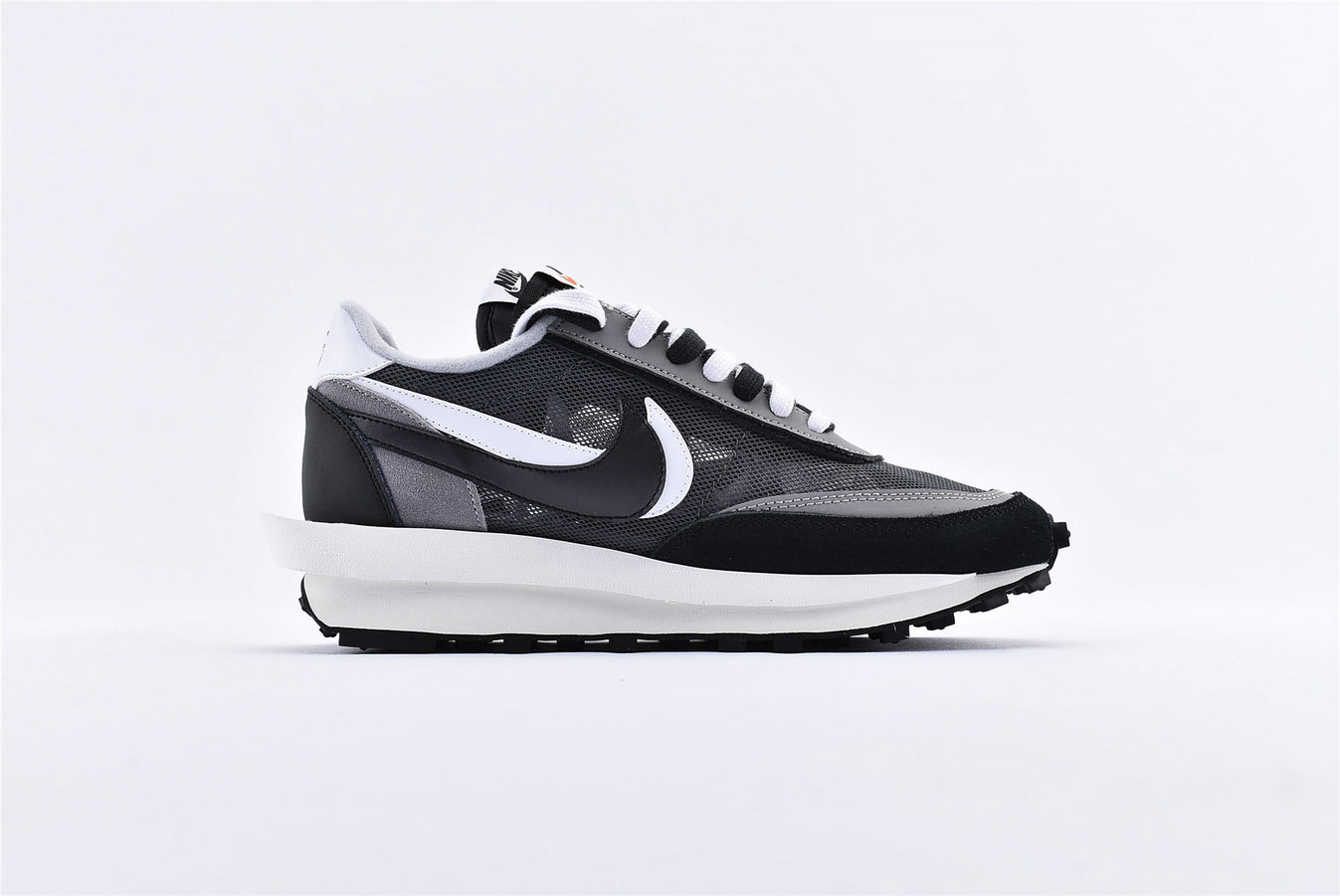 Where To Buy Womens Sacai x Nike LDV Waffle Daybreak Black Anthracite White Gunsmoke BV0073-001